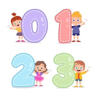 Crianças dos desenhos animados com 123 números