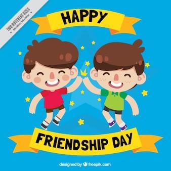 Crianças dos desenhos animados que comemora a amizade do fundo do dia