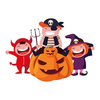 Crianças em trajes de halloween