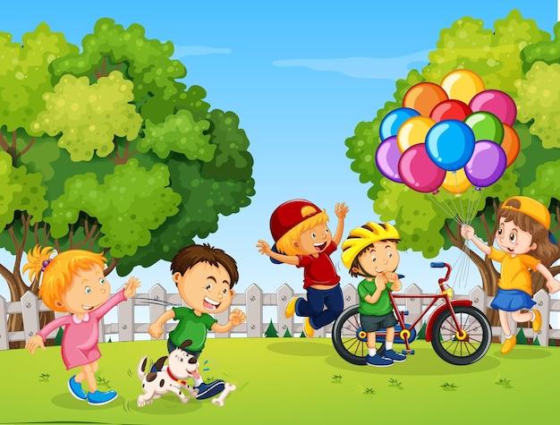 Crianças felizes brincando no parque