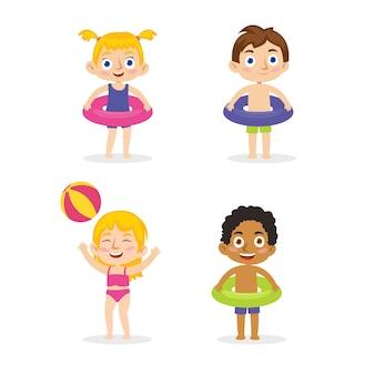 Crianças felizes, crianças, tocando, com, brinquedo, antes de, natação