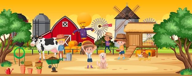 Crianças felizes na cena da fazenda