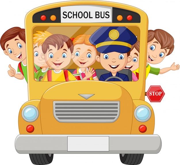 Crianças felizes no ônibus escolar