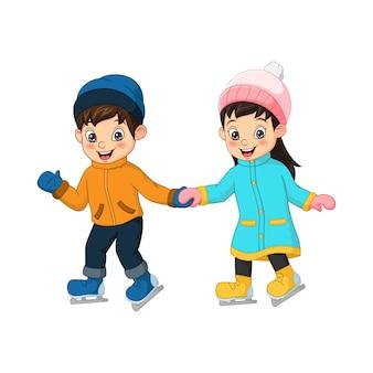 Crianças fofas brincando de patinação no gelo juntas