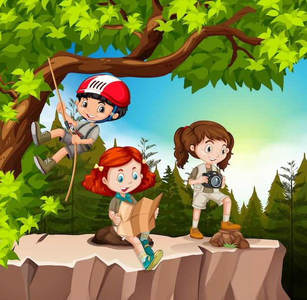 Crianças, hiking, cima, a, montanha