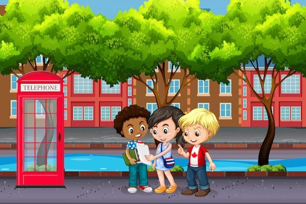 Crianças internacionais na cidade