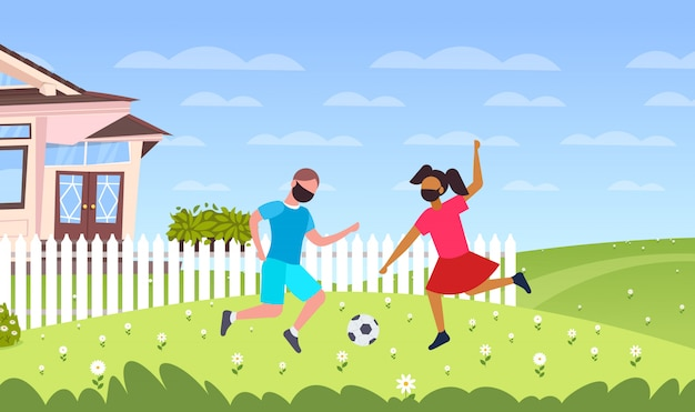 Crianças jogando futebol menino em máscaras para evitar a quarentena de pandemia de coronavírus