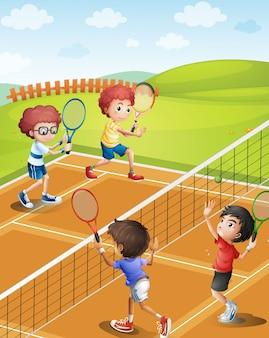 Crianças jogando tênis na quadra
