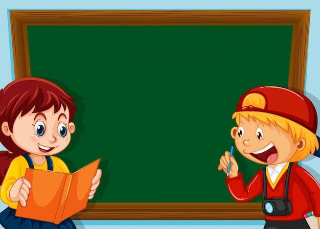 Crianças, ligado, chalkboard, fundo, com, copyspace