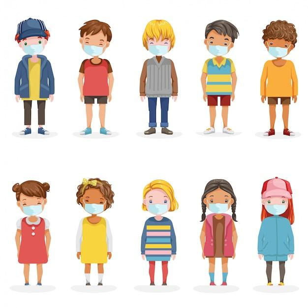 Crianças mascaram conjunto de corpo inteiro. garotinho e menina usam máscara de rosto proteger