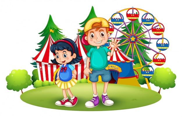 Crianças na frente da feira