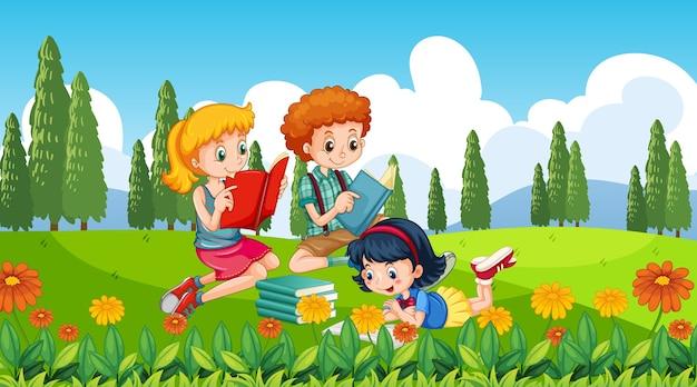 Crianças na nossa porta de fundo da natureza