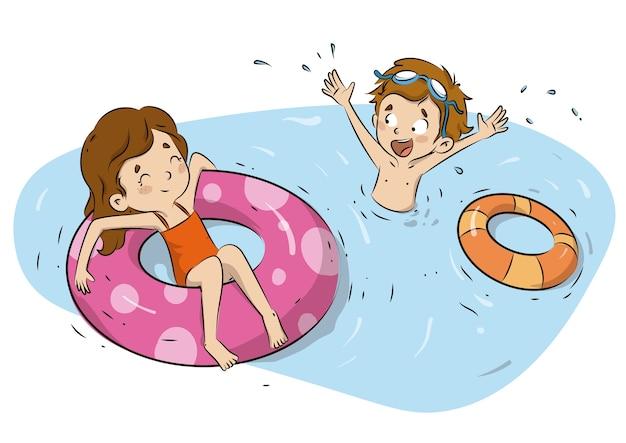 Crianças na piscina no verão com carros alegóricos