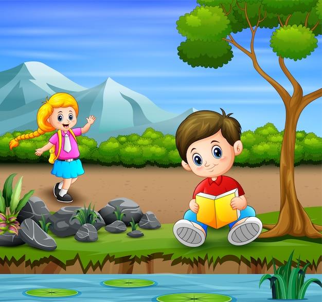 Crianças saindo na ilustração do parque