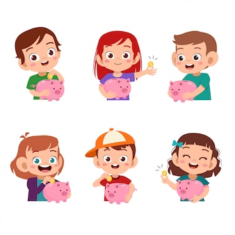 Crianças segurando o conjunto de cofrinho