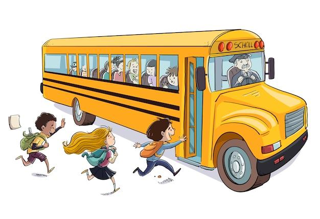 Crianças subindo no ônibus escolar