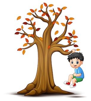 Crianças, tocando, com, outono, árvore