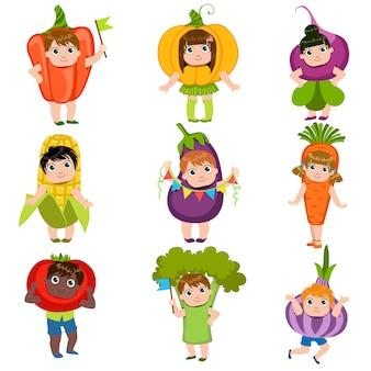 Crianças vestidas como legumes