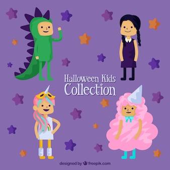Crianças vestidas para uma festa de fantasia
