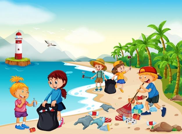 Crianças voluntárias limpando praia