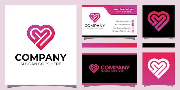 Cuidados cardíacos elegantes ou letra y com logotipo de amor e design de cartão de visita Vetor Premium