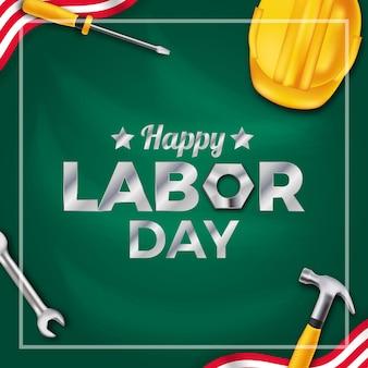 Cultura de democracia do dia internacional dos trabalhadores do dia do trabalho com capacete amarelo de segurança, ferramenta de equipamento de construção com fundo de placa verde.