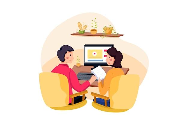 Curso online com pessoas na frente do computador
