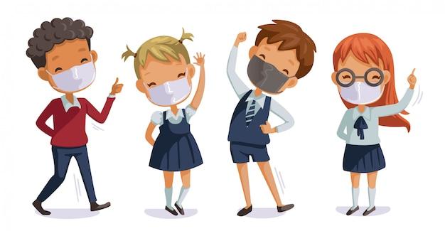 De volta à escola para um novo conceito normal para covid-19. crianças de uniforme usando máscaras sanitárias. gesto dos alunos. relacionado ao coronavírus