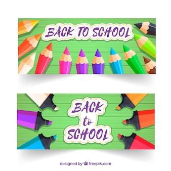 De volta aos banners da escola com lápis e marcadores