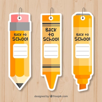 De volta às etiquetas da escola no estilo de lápis