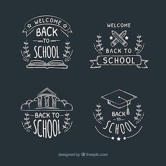 De volta às etiquetas da escola no estilo do giz