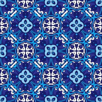 Decoração em mosaico com textura em mosaico de padrão oriental com ornamento azul arabescos