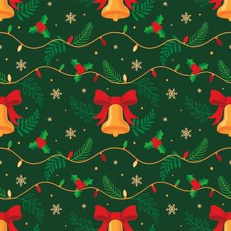 Decorações de natal sem costura padrão de luzes de natal e sinos e folhas de azevinho
