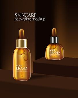 Definir anúncios de cosméticos, design de pacote dourado