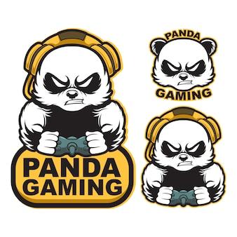 Definir esporte de logotipo de mascote de jogos de panda bravo com joystick e fone de ouvido.