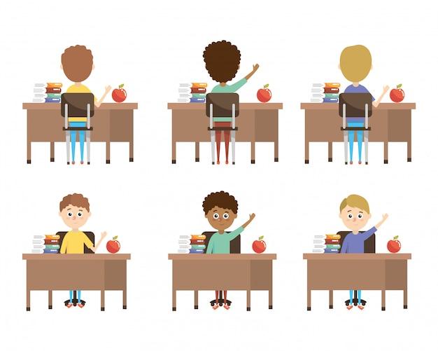 Definir meninos alunos na mesa com livros de educação