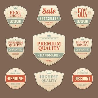 Descontos premium e rótulo de vendas vintage. adesivo de couro surrado desbotado com as melhores ofertas de marketing promocional em vermelho. garanta a máxima qualidade do original com o emblema do foco no negócio.