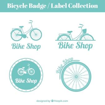 Desenhadas mão bicicletas emblemas e etiquetas do vintage