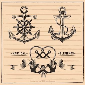 Desenhadas mão elementos náuticos