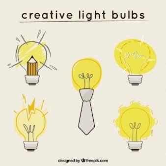 Desenhadas mão lâmpadas criativo