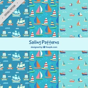 Desenhadas mão padrões de barcos