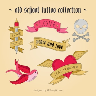 Desenhadas mão tatuagens em projeto do vintage