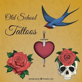 Desenhadas mão tatuagens realistas