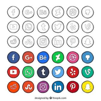 Desenhado coleção ícones da rede social mão