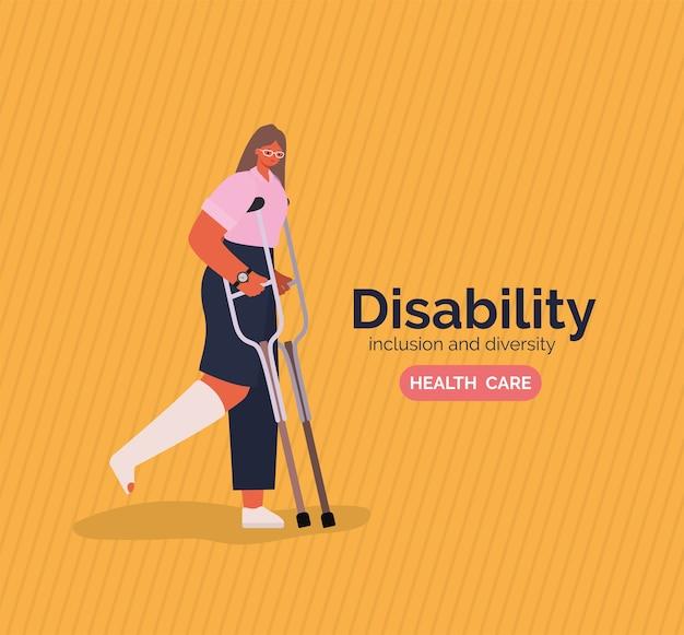 Desenho animado de mulher com deficiência com gesso nas pernas e muletas do tema diversidade de inclusão e saúde.