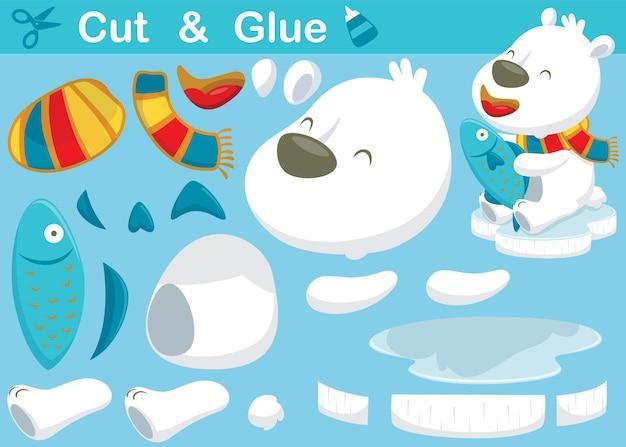 Desenho animado de urso polar usando cachecol, segurando peixes. jogo de papel de educação para crianças. recorte e colagem