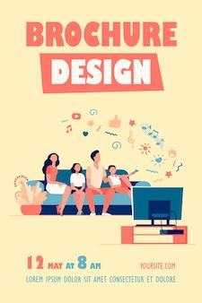 Desenho animado família feliz assistindo televisão juntos modelo de folheto isolado