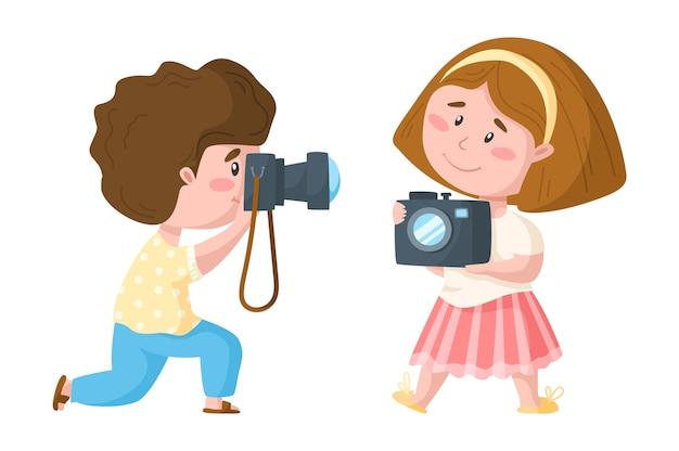Desenho animado viajando bonito menino e menina com câmera fotográfica