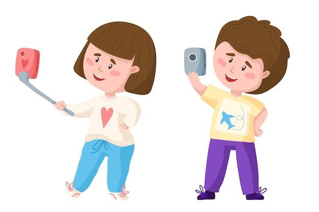 Desenho animado viajando lindo casal menino e menina com telefone celular fazendo selfie