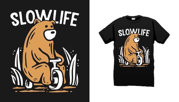 Desenho de camiseta de bicicleta para andar de urso